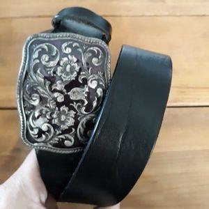 GAP Italian Black Leather Belt w/ Floral Buckle M